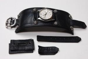 短くして、時計のベルトも製作しました。